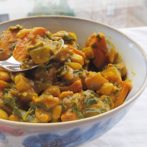 Vegan Kale, White Bean & Sweet Potato Korma